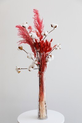 Dry Flowers Red And Cotton Flowers With Glass Vase