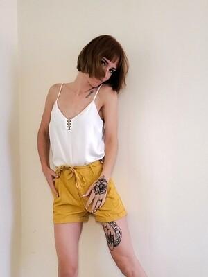 Short jaune《S》
