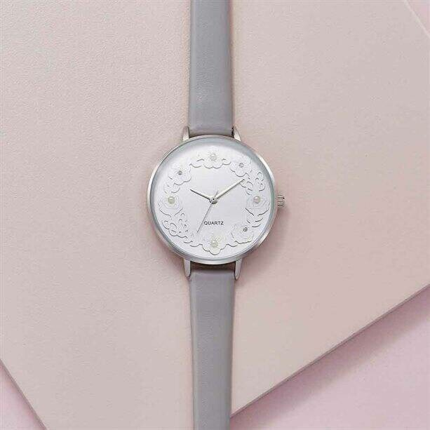 3D Floral Watch with Adjustable Grey Strap