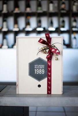 Geschenkbox aus Holz mit persönlicher Widmung für 3 Flaschen