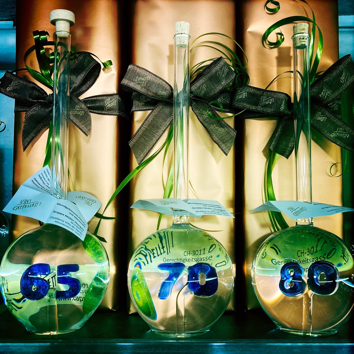 Mundgeblasene Flasche mit Jahreszahl 80