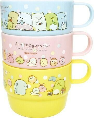 Ensemble de tasses plastiques / Plastic cups set Sumikko Gurashi