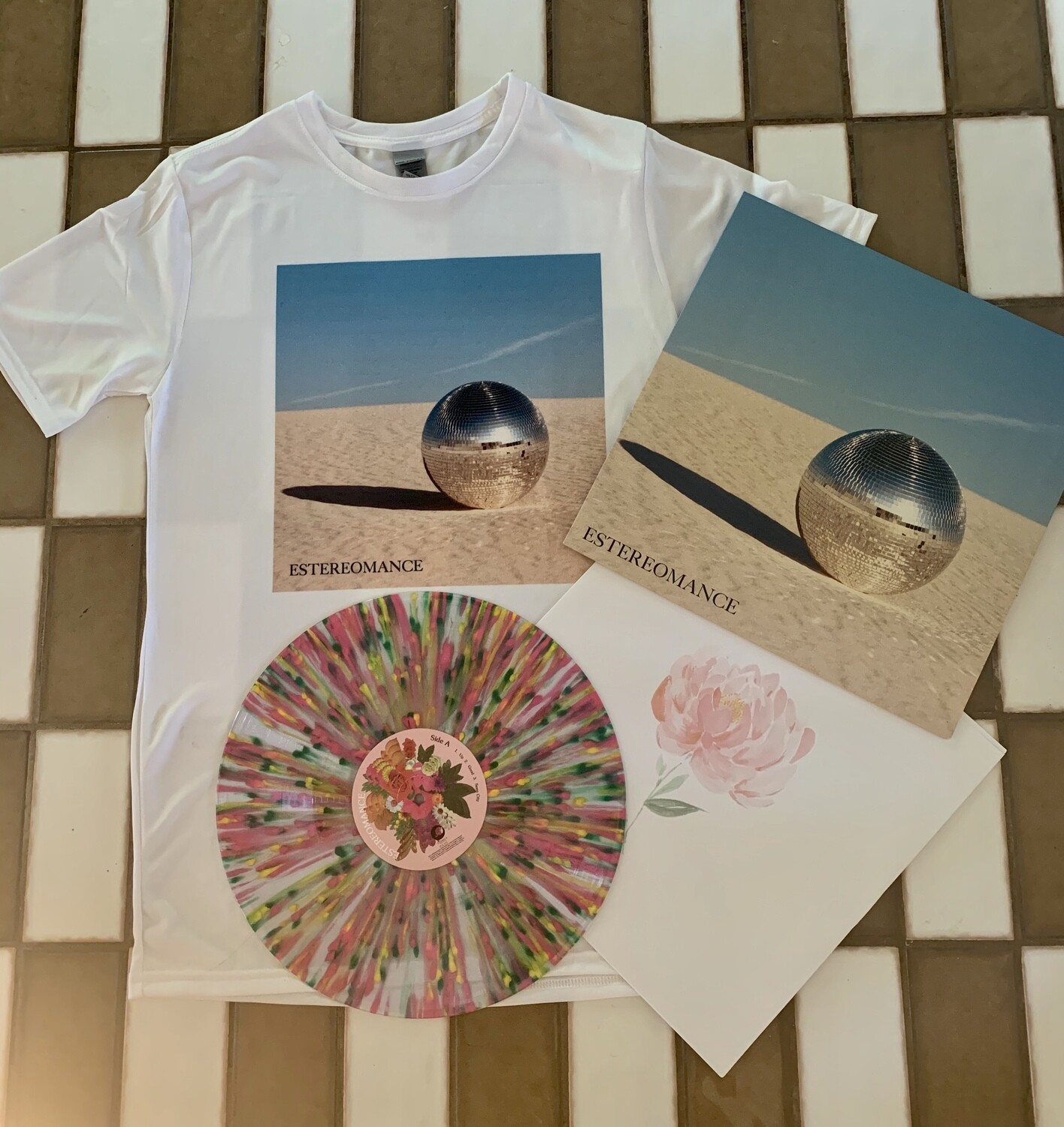 Estereomance Vinyl and T-Shirt Bundle