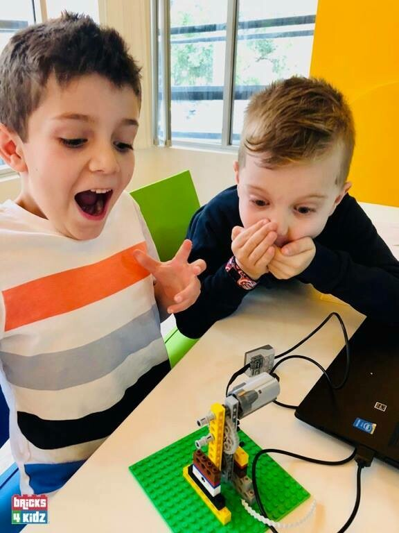 7+ Bricks 4 Kidz - Robotics - School Holiday Workshop for Kids - Friday 16 April 2021 - 10am to 3pm