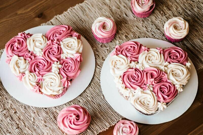 Love Heart Pull Apart Cake for Kids - Saturday 13th February 2021 (2pm - 3.30pm)