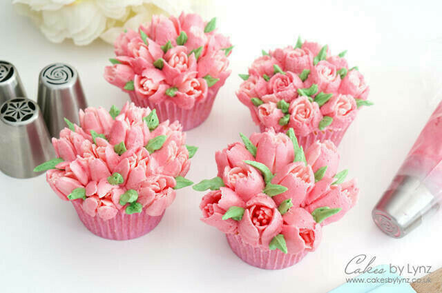 Buttercream Flower Cupcakes Workshop - Adults - Monday 19 April 2021 - 10am to 2pm