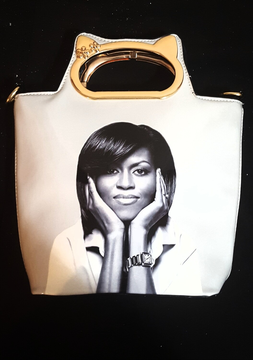 Ms M. Obama Becoming Tote White/Black