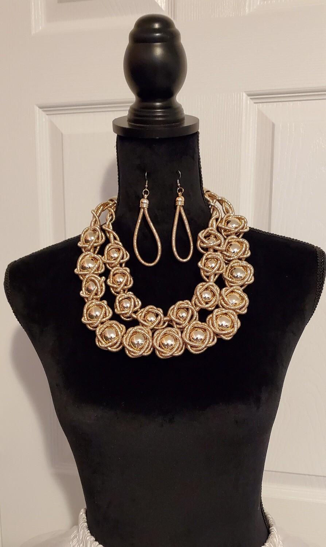 Living Golden Necklace Set
