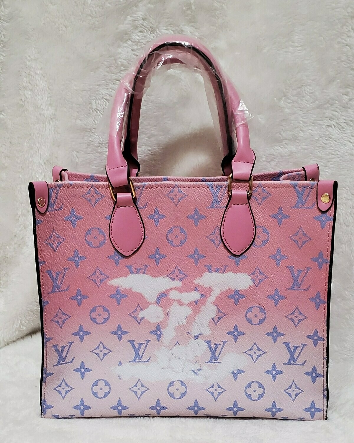 LV Limited Edition (Pink Cloud) On The Go