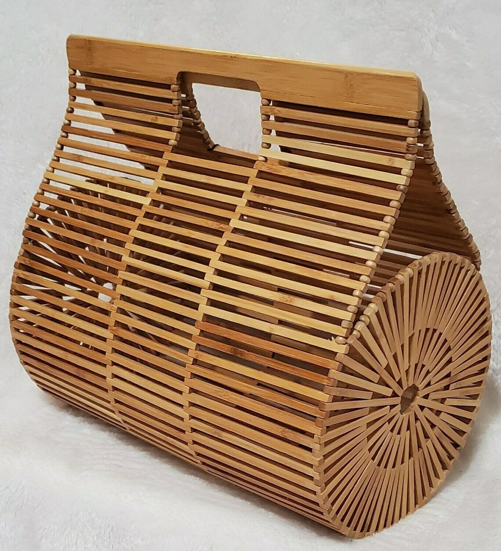 Summer Wooden Basket Pursenality