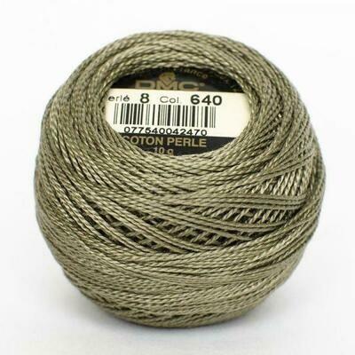 DMC116 Perle 12 Ball 0640 - Very Dark Beige Grey