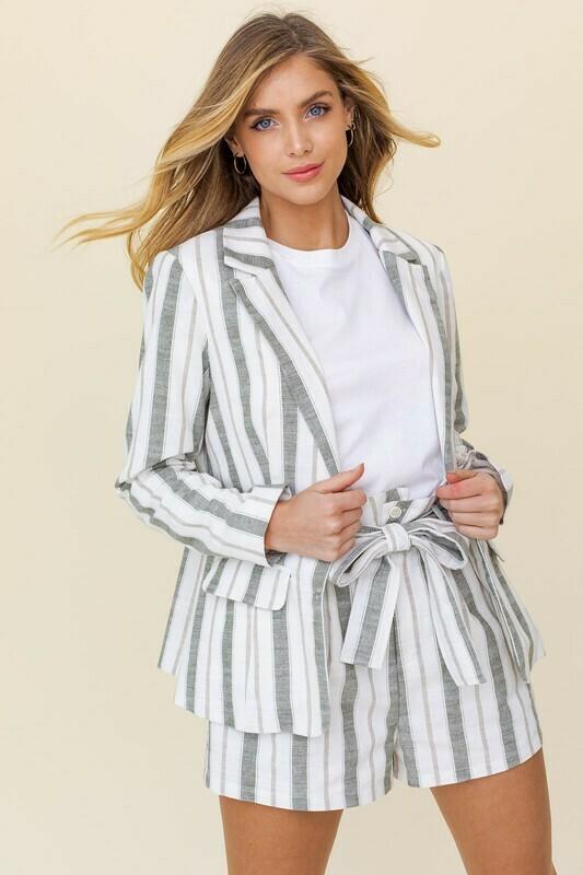 Oversized Linen Blazer
