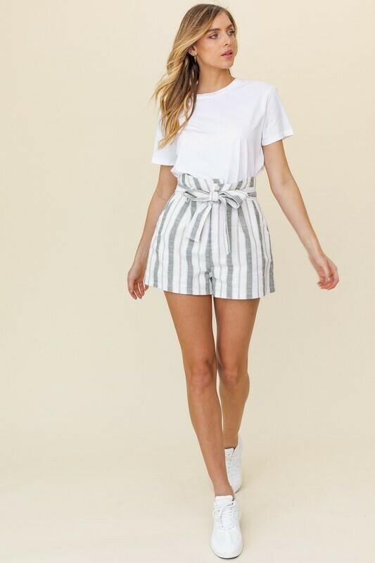 Oversized Linen Shorts