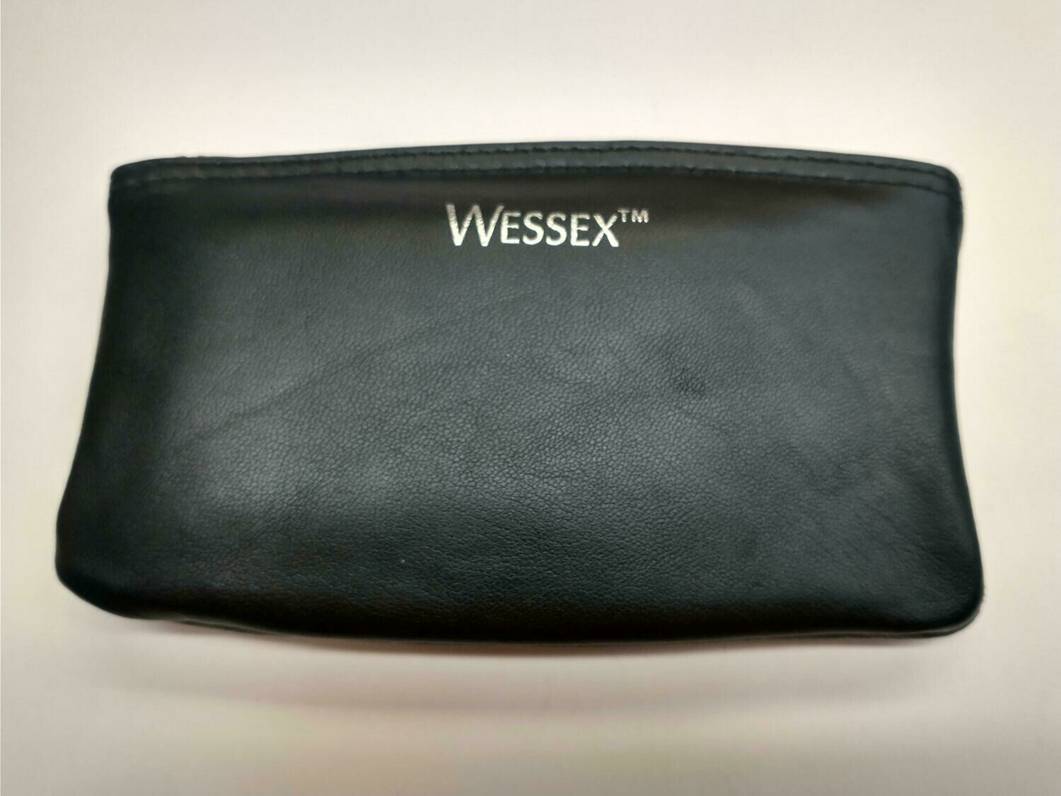Wessex Fine Leather Zipper Tobacco Pouch