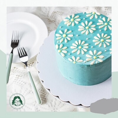 Vanilla Birthday Cake or Cupcakes