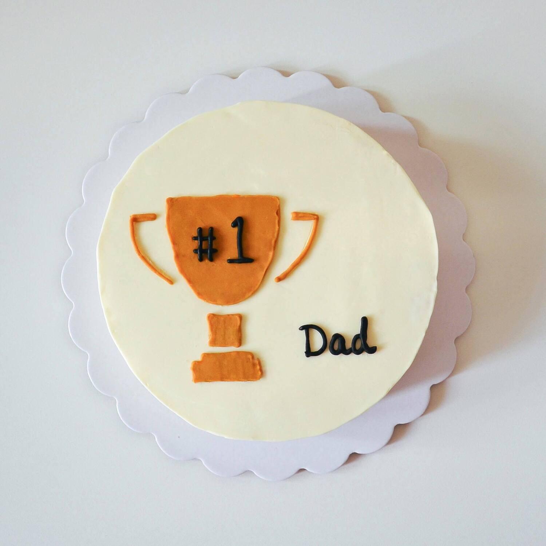 Dad's Minimalist Cake