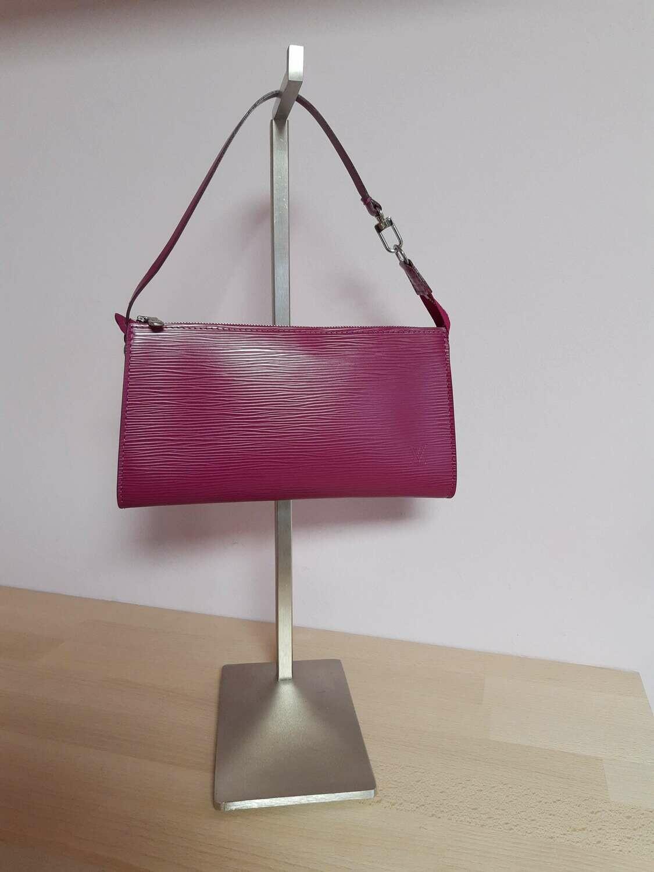 Louis Vuitton Epi leather pochette Fuchsia