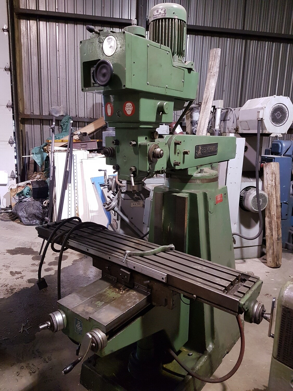 Beavermill Milling Machine / Fraiseuse