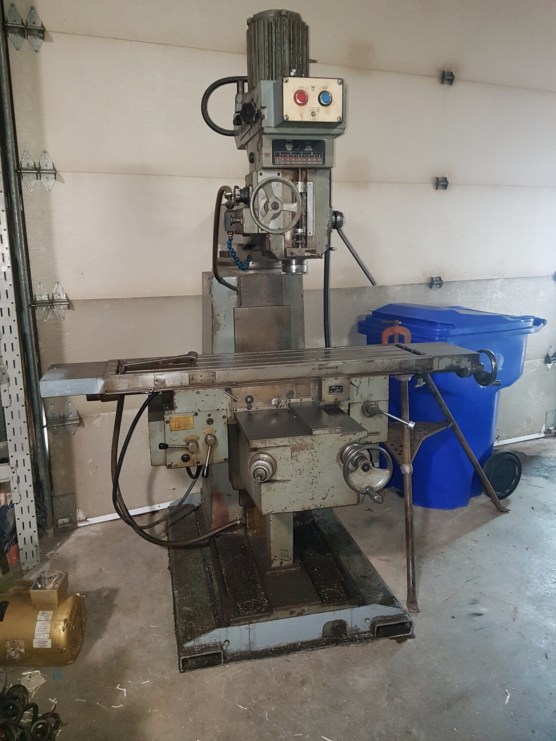 "TOS Kurim Finesa Milling Machine with Table 65""x11""1/2"