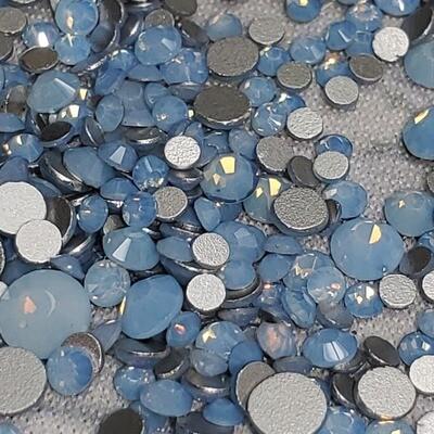 KiraKira Blue Opal Small Mix