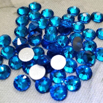 Capri Blue - KiraKira Glass Rhinestones by CrystalNinja