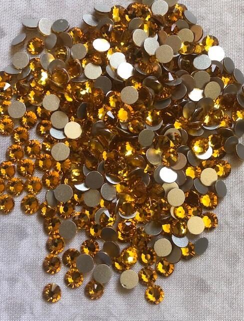 Topaz - KiraKira Glass Rhinestones by CrystalNinja