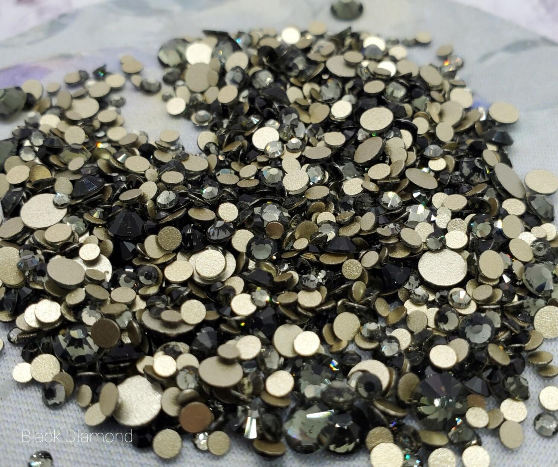 Black Diamond - KiraKira Glass Rhinestones by CrystalNinja