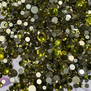 Olivine - KiraKira Glass Rhinestones by CrystalNinja