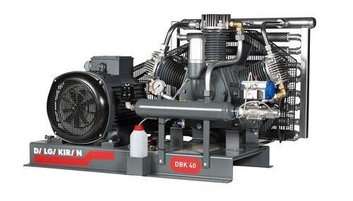 Бустерный компрессор DBK 40