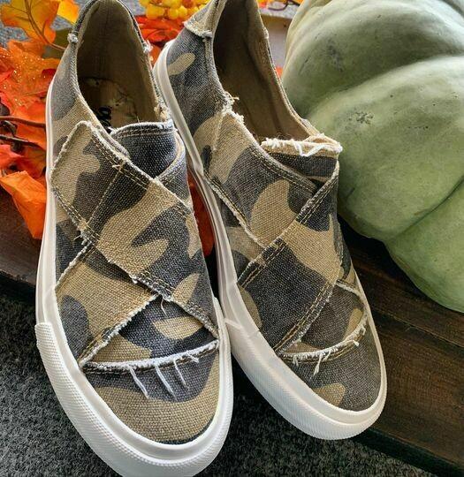 Perfect Camo Sneaker