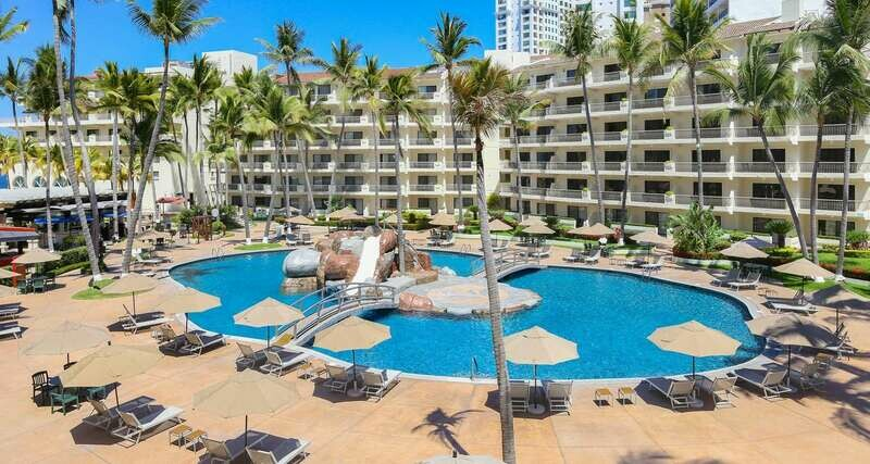 5 Days 4 Nights Puerto Vallarta Mexico Luxury 5 Star All Inclusive! Includes room, food & beverages! Travel in style!!