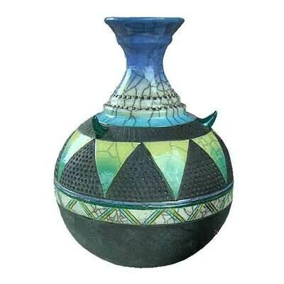 Three Horn Pot