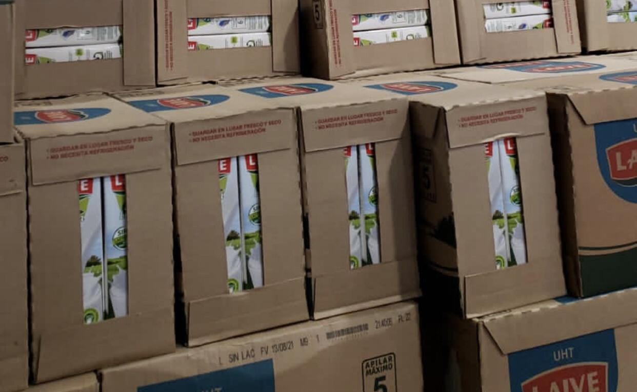 Leche  sin lactosa Laive caja  x 12 unidades  )