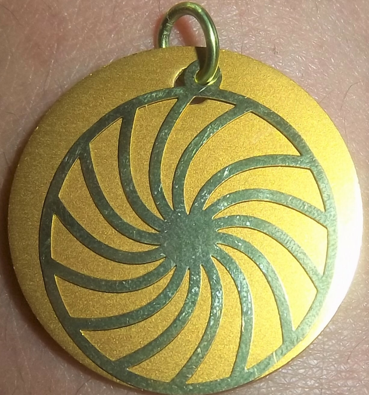 GOLD SWIRL On Auric Disk 025