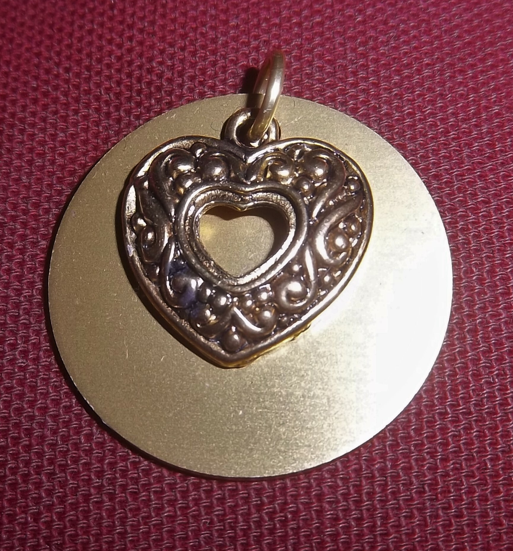 Gold Heart With Auric Disk 00016