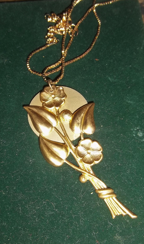 GOLDEN FLOWER w/ Auric Disk Necklace 00029
