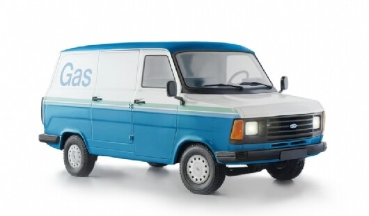 Kausivaihto pakettiautot ja maasturit 4kpl