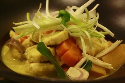 (CA RI GA) Chicken Curry Vietnamese Style + Rice/Bread/Noodle