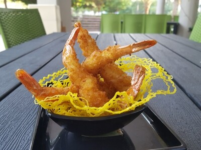 (TOM CHIEN DUA) Coconut Prawns With Sweet Chili Sauce