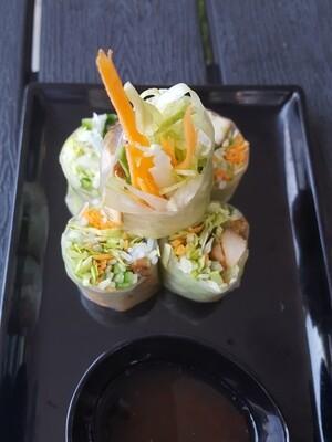 (GOI CUON GA) Vietnamese Fresh spring Rolls With Grilled Chicken