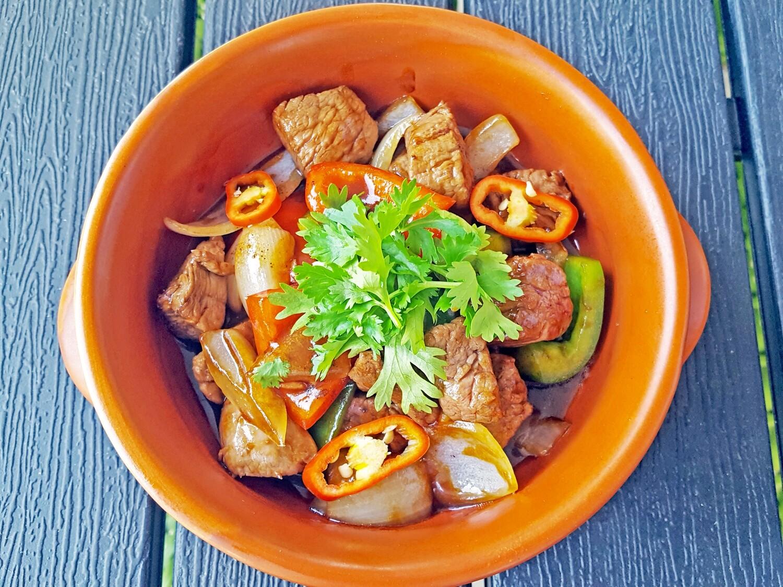 (BO SOT TIEU DEN) Stir-Fried Beef with Pepper Sauce + Rice