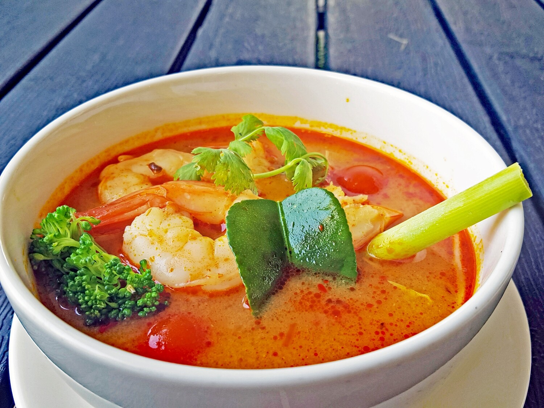 (Canh Tom Yum) Tomyum Soup Vietnamese Style