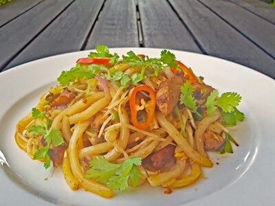 Grilled Chicken Udon Noodle (GA XAO MI UDON)