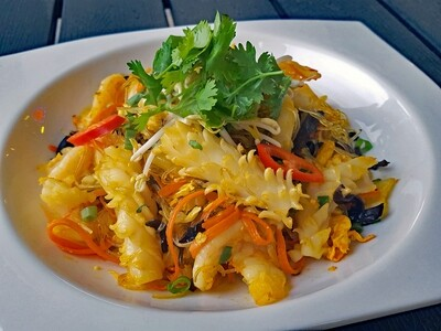 (MIEN XAO HAI SAN) Stir-Fried Seafood Vermicelli Noodle (kid's portion)