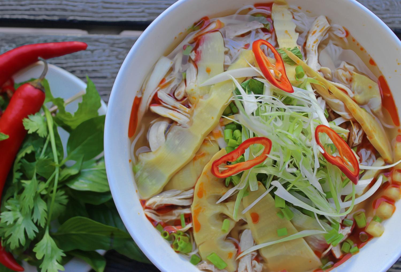 (BUN MANG GA) Chicken & Bamboo  Vermicelli Noodle Soup