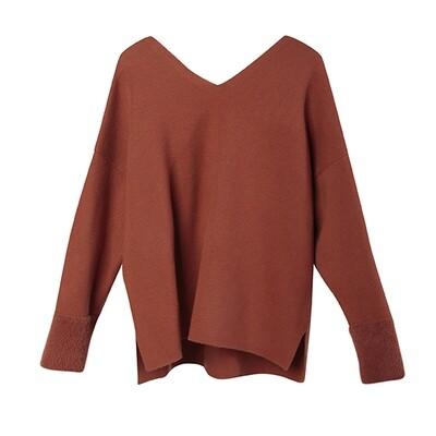 Nylon Fur Cuff V-Neck Sweater - Crimson