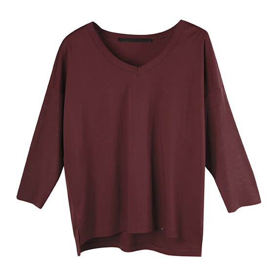Relaxed Contrast Fabric V-Neck Top-RED BEAN