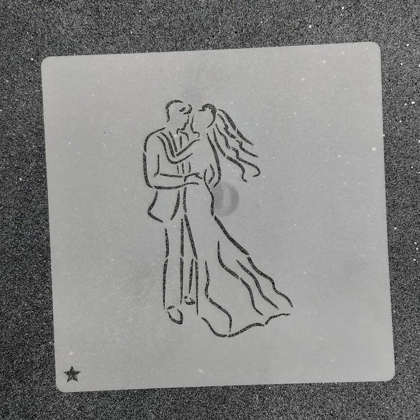 """Трафарет для пряников """"Жених и Невеста №2"""" (6 х 10 см)"""