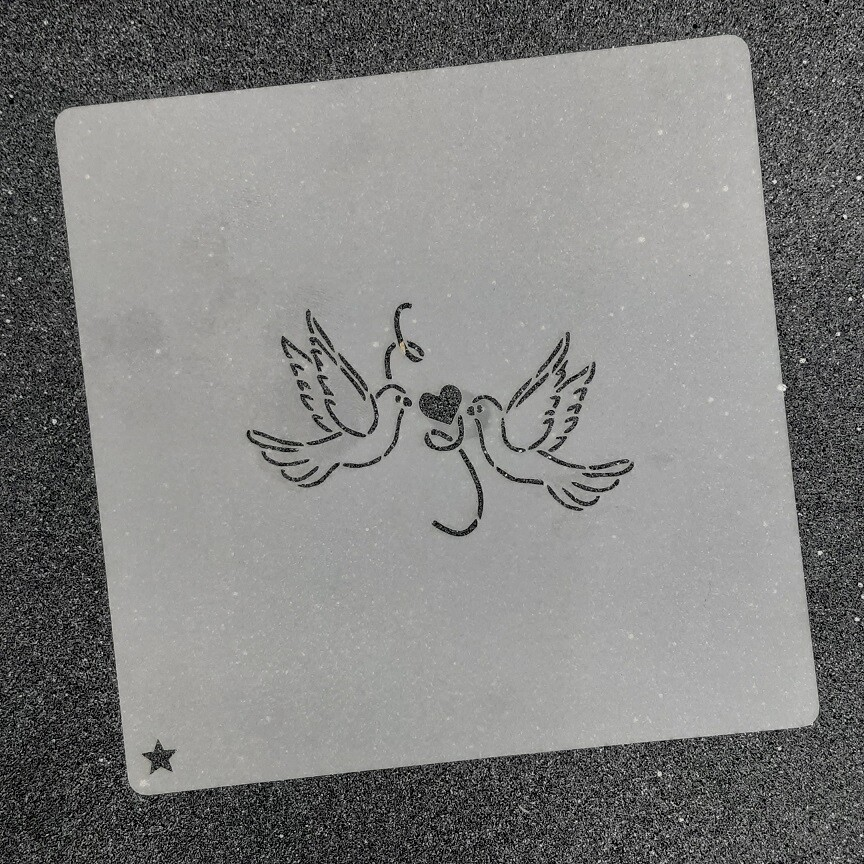 """Трафарет для пряников """"Голуби №1"""" (7,5 х 5 см)"""