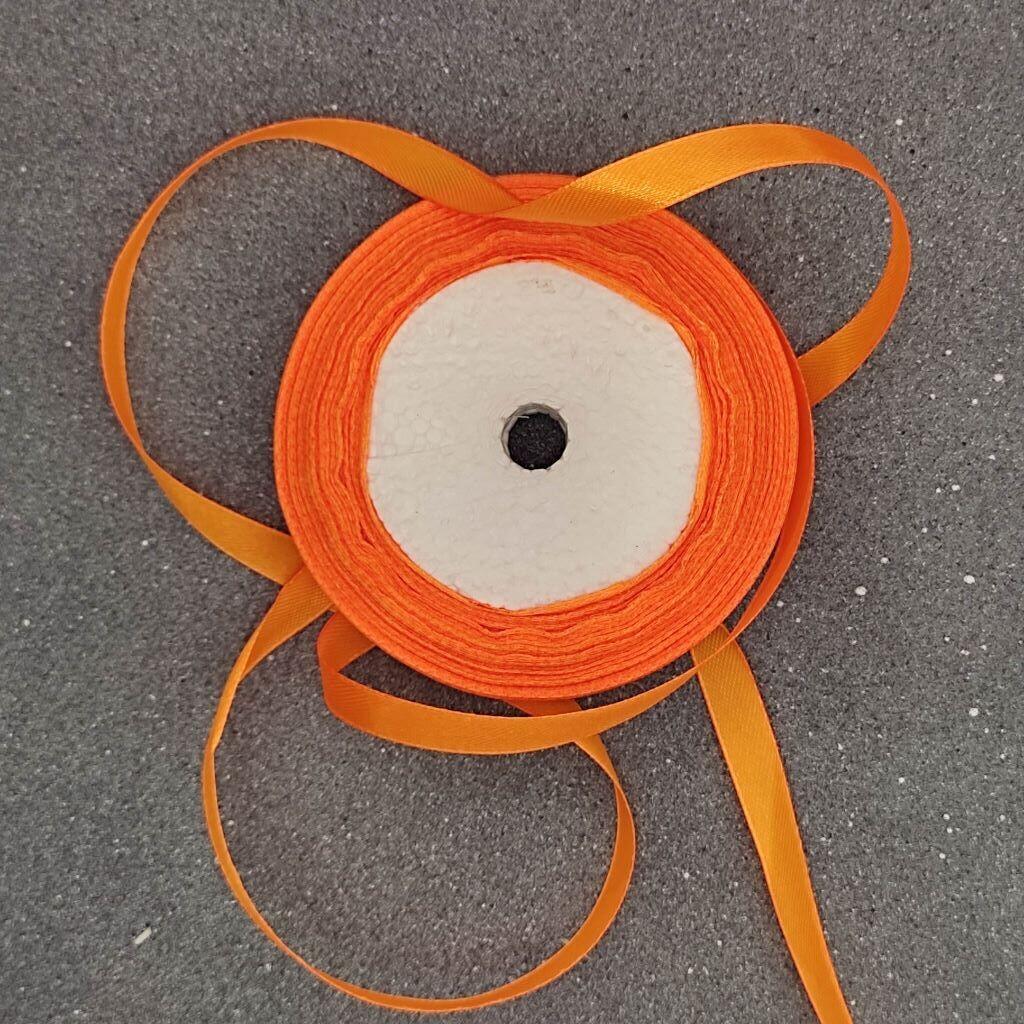 Оранжевая атласная лента 10 мм
